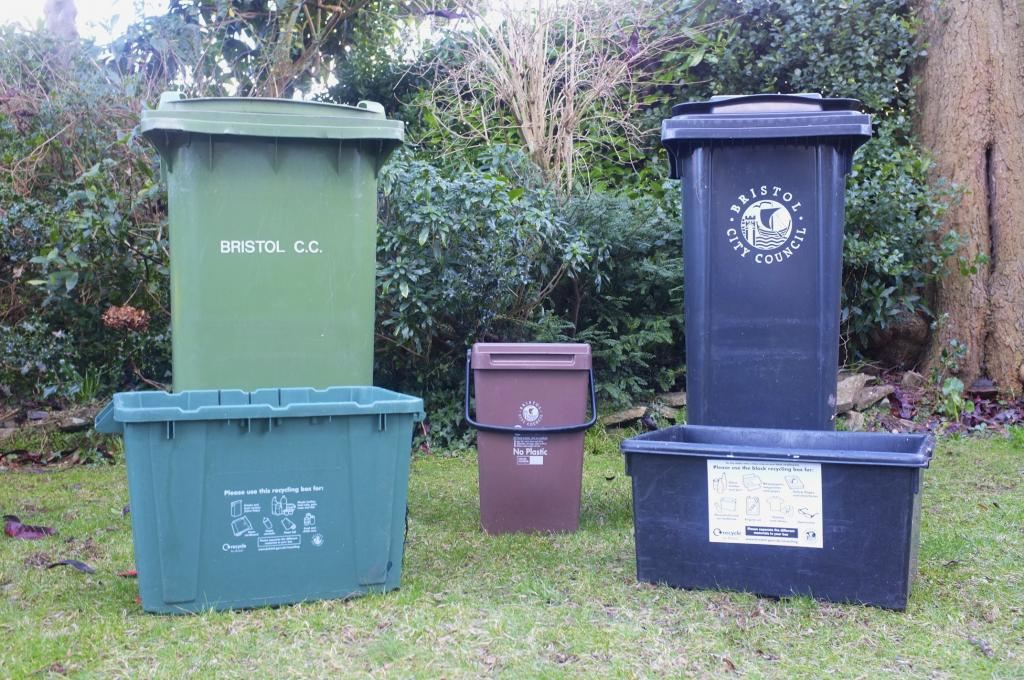 Van and Man. At ETM Recycling Bristol we are aware that a skip or bin is not always the best option – you may have limited space or a small amount of waste to dispose of, we therefore provide a man and van waste collection service in Bristol.